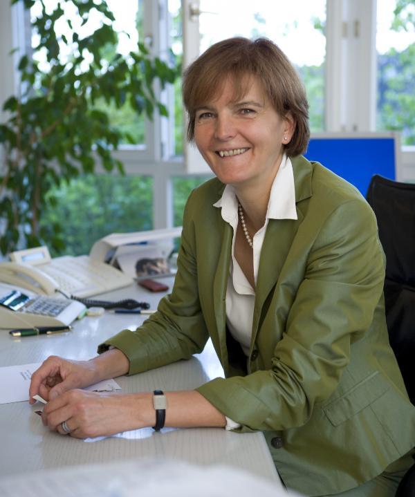 Steuerberaterin<br/> Dipl.-Volkswirtin Annette Stein