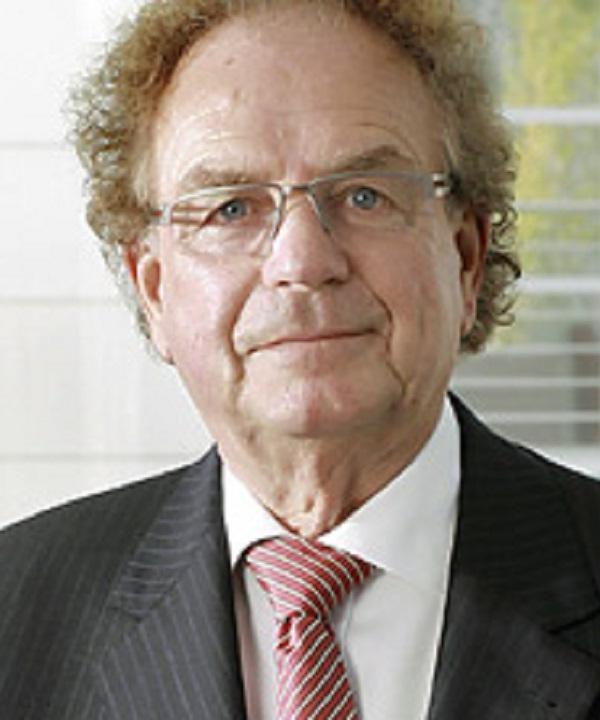 Rechtsanwalt<br/> Karl-Hermann Steinhauer