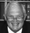 Rechtsanwalt<br/> Diplom-Ökonom Raimund Schraad