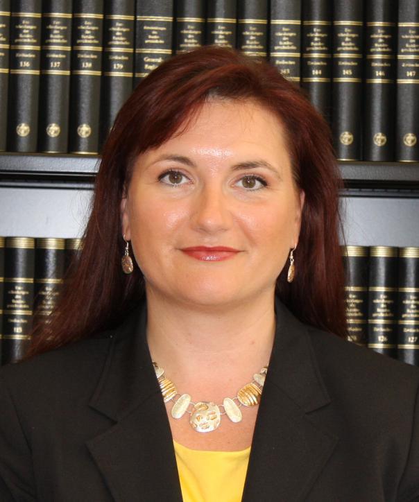 Rechtsanwältin<br/> Petra Müller