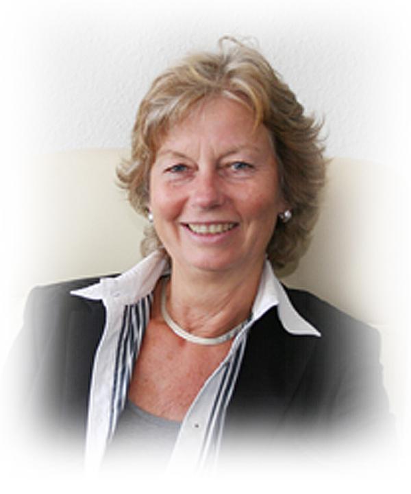 Rechtsanwältin<br/> Barbara Lennefer