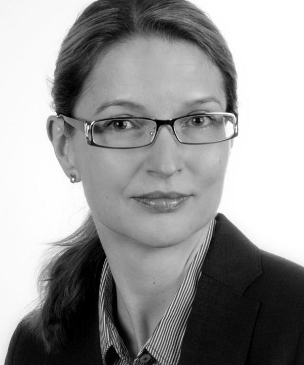 Rechtsanwältin und Steuerberaterin<br/> Wiebke Hardt