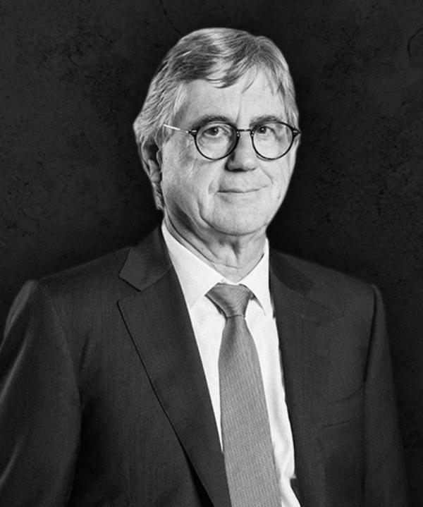 Rechtsanwalt<br/> Helmut Eisenrieder