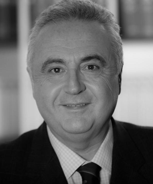 Rechtsanwalt und Notar<br/> Joachim Fenster