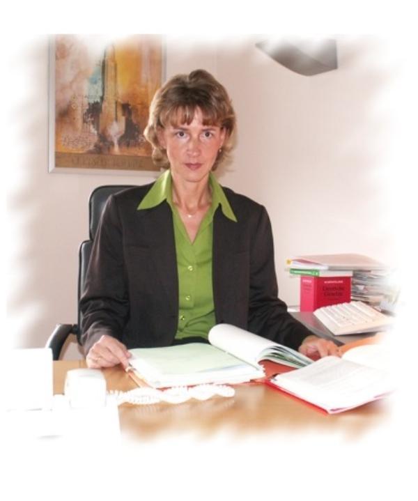 Rechtsanwältin<br/> Simone Vogler