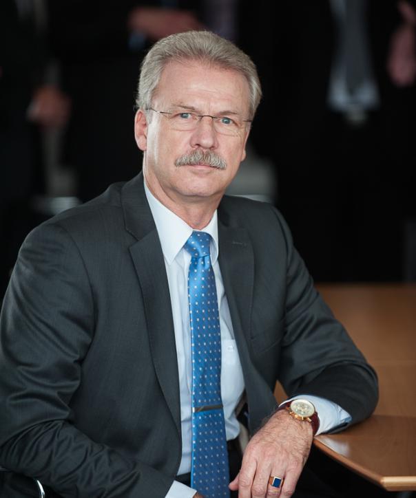 Rechtsanwalt<br/> Hans-Jörn Bury