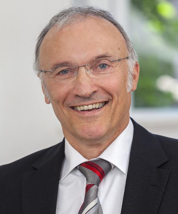 Rechtsanwalt und Notar<br/> Bernhard Niepelt