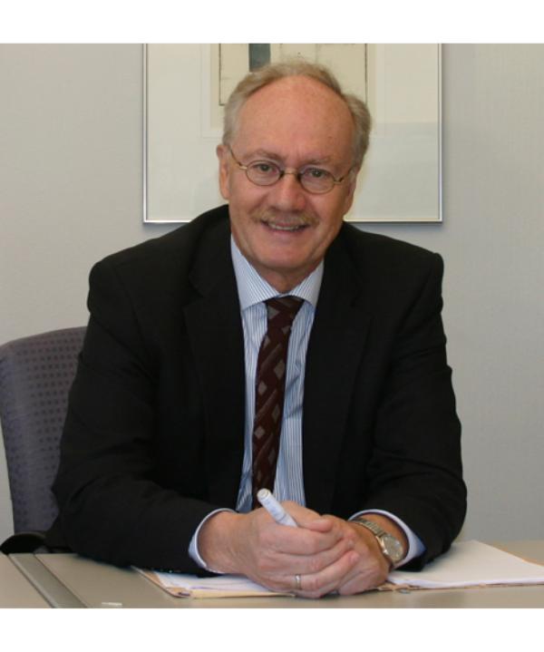 Rechtsanwalt und Notar<br/> Klaus P. Kirsch