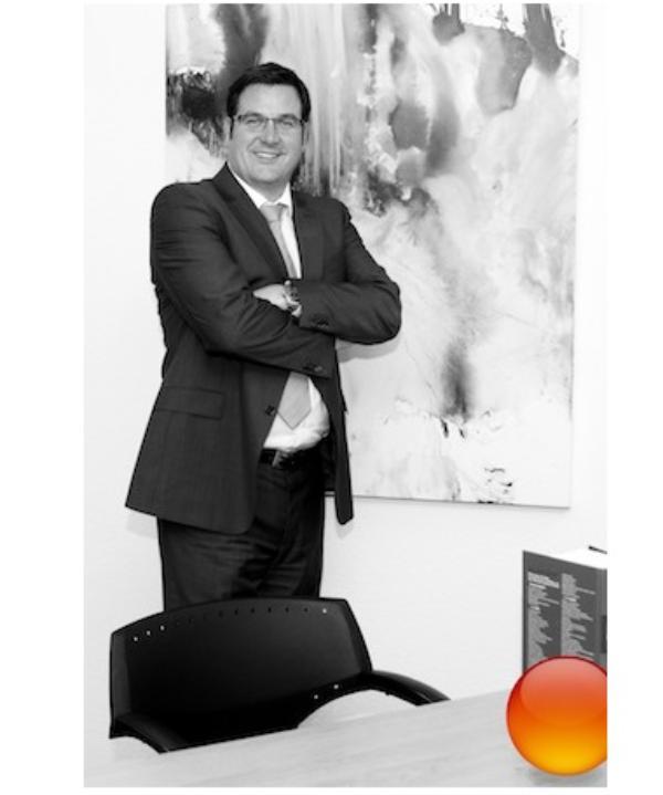 Rechtsanwalt und Notar<br/> Jack Lützenrath