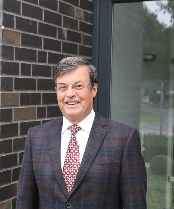 Rechtsanwalt<br/> Notar a.D. Klaus Pfefferle