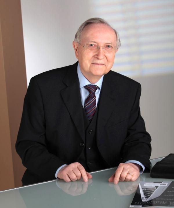 Rechtsanwalt<br/> Hartmut Zantke