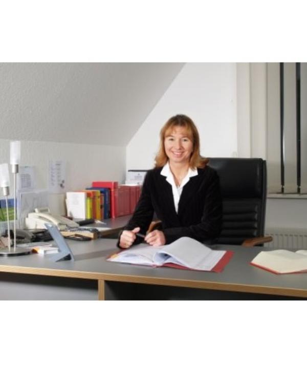 Rechtsanwältin<br/> Grazyna Finiewicz