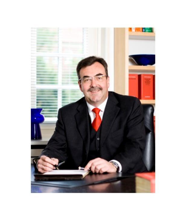 Rechtsanwalt und Notar<br/> Dr. Ulrich Wessels