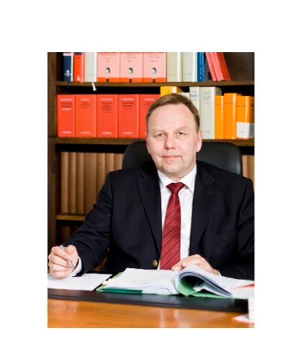 Rechtsanwalt<br/> Ludger Hugenroth LL.M.