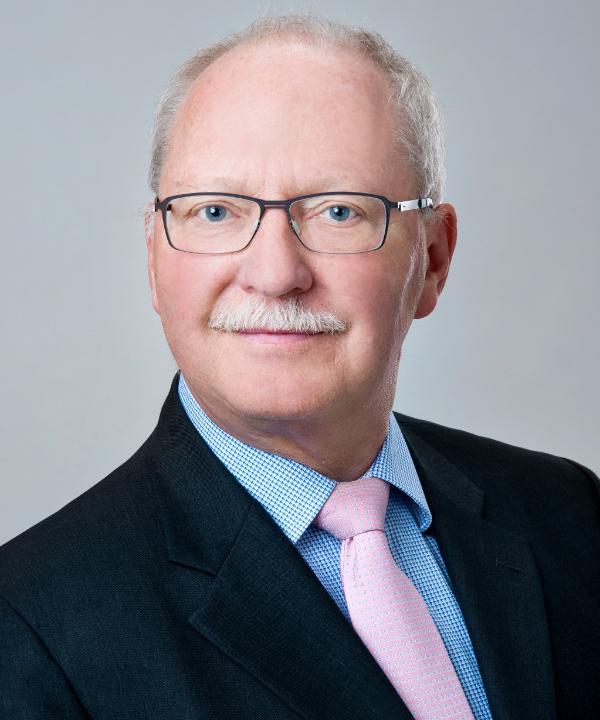 Rechtsanwalt und Notar<br/> Joachim Bruckmaier