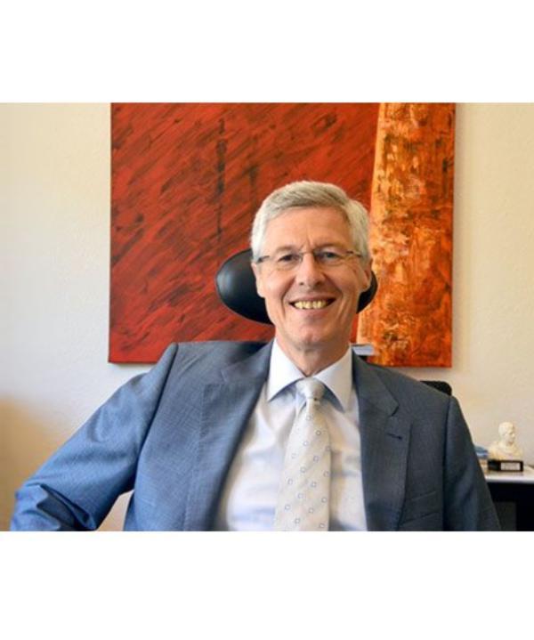 Rechtsanwalt<br/> Dr. Stefan Scheffold
