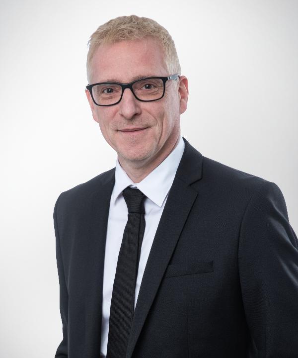 Rechtsanwalt und Notar<br/> Kai Oelgeklaus
