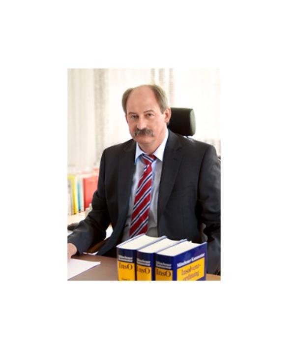 Rechtsanwalt<br/> Helmut Konrad