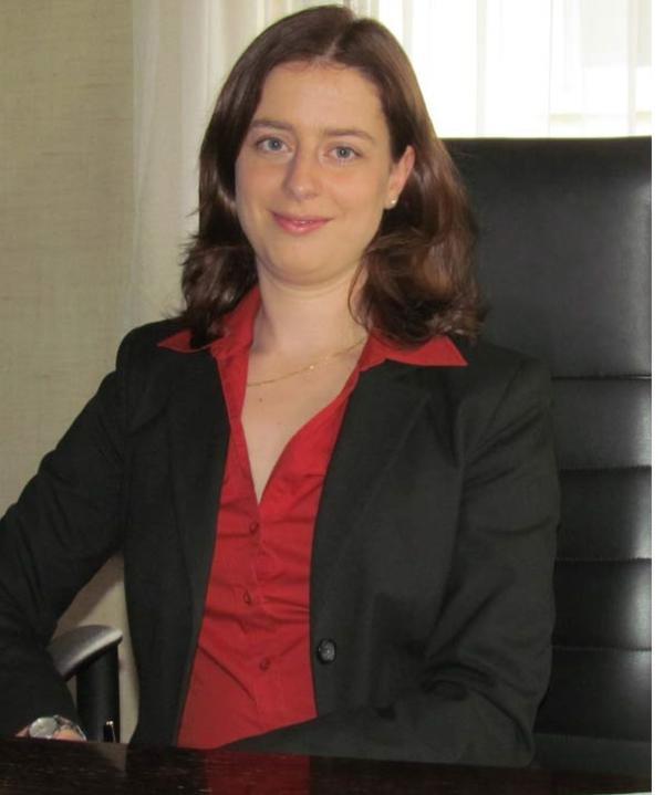 Rechtsanwältin<br/> Julia Mursa