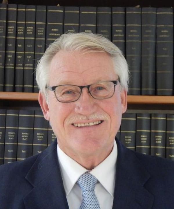 Rechtsanwalt und Notar<br/> Rainer Beermann