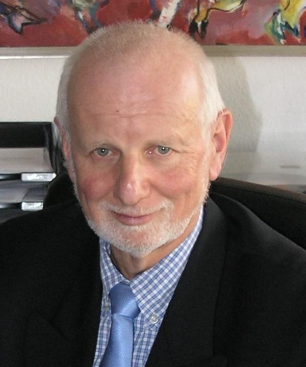 Rechtsanwalt und Notar<br/> Michael Frenzel