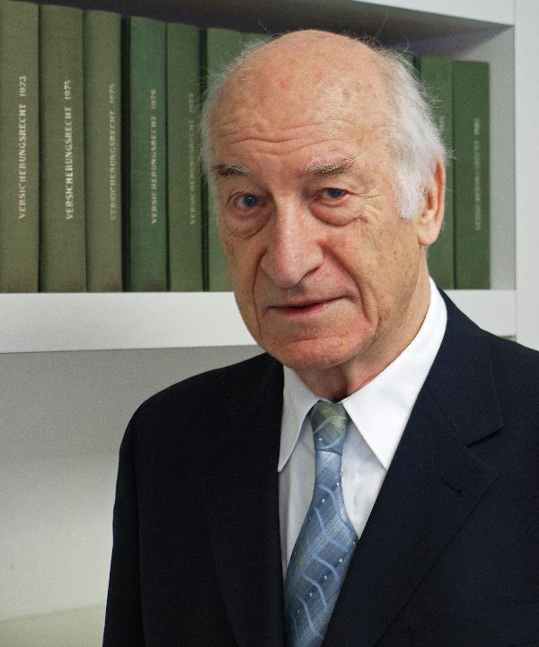Rechtsanwalt<br/> Notar a. D. Peter Sonnentag
