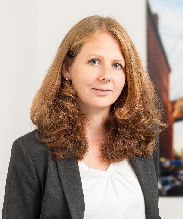 Rechtsanwältin<br/> Eva Stapelfeldt
