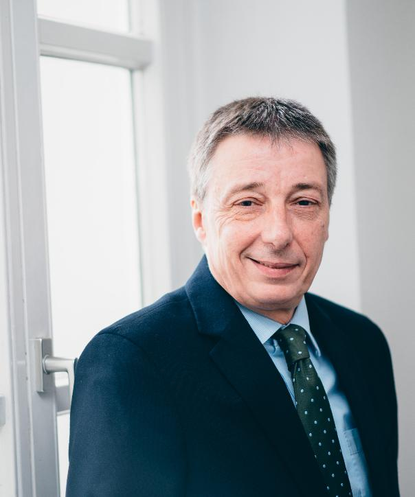 Rechtsanwalt<br/> Frank Asche