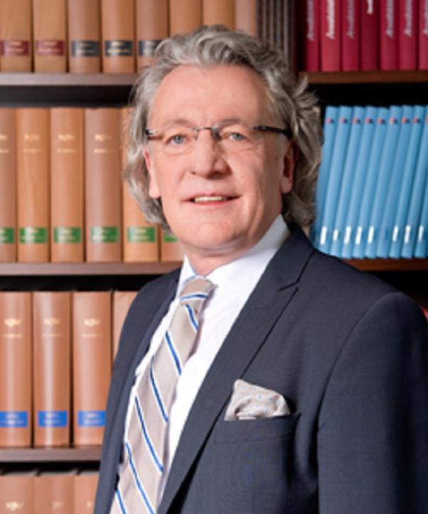 Rechtsanwalt<br/> Ralf Stiller