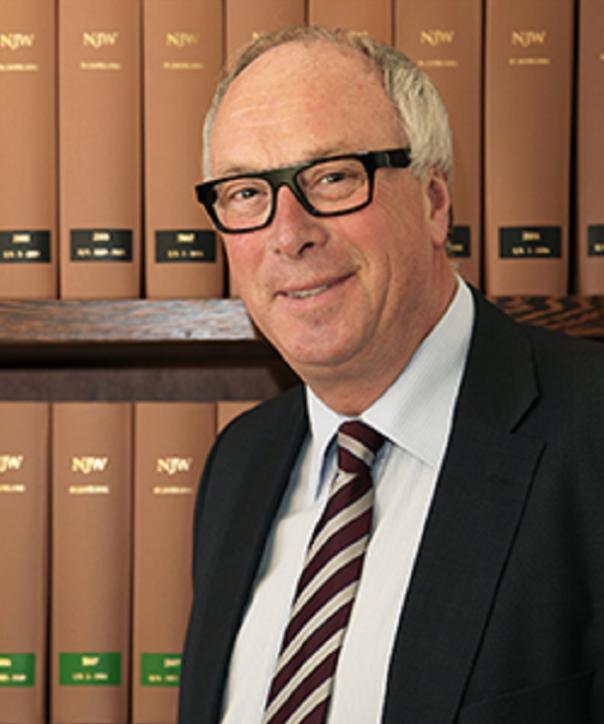Rechtsanwalt und Notar<br/> Helmut Knop