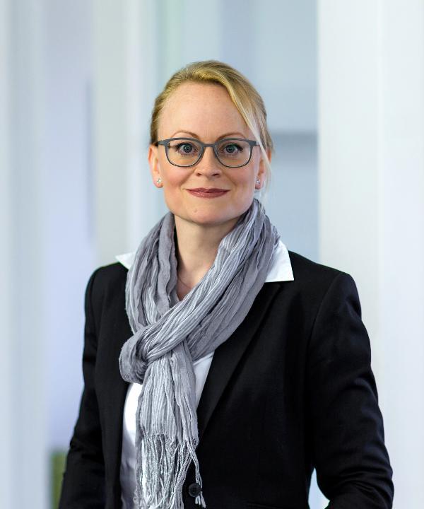 Rechtsanwältin und Mediatorin<br/> Christina Schmitz
