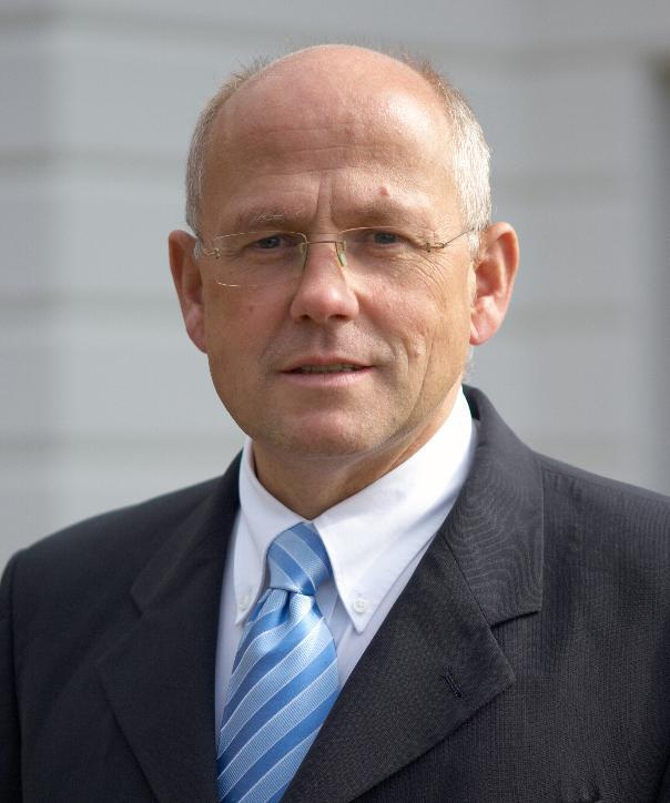 Rechtsanwalt und Notar<br/> Dr. Christoph Kind
