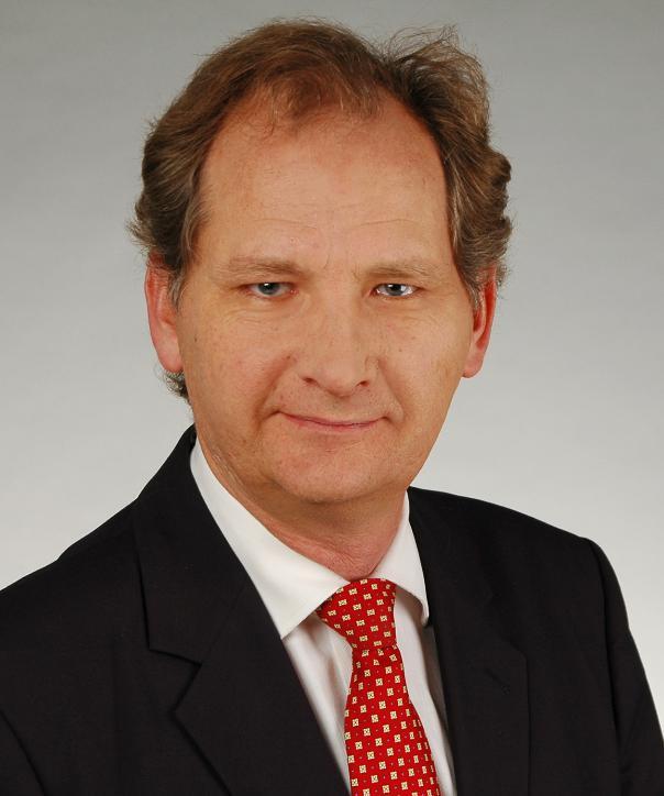 Rechtsanwalt<br/> Steffen Kadgien