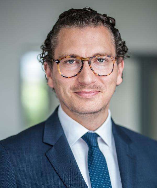 Rechtsanwalt<br/> Sebastian Stachowiak in Anstellung