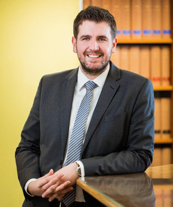 Rechtsanwalt und Notar<br/> Alexander Dornieden
