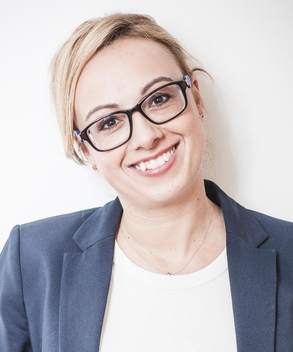 Rechtsanwältin<br/> Sarah Walisko