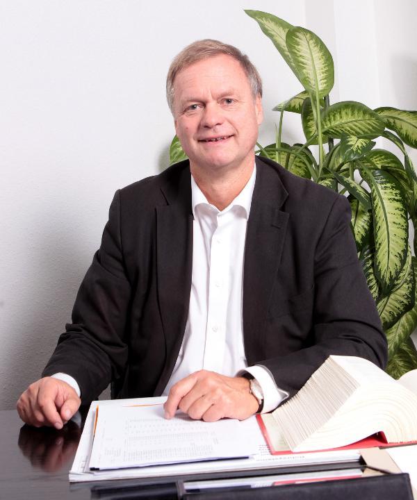 Rechtsanwalt<br/> Gerald Kölbl