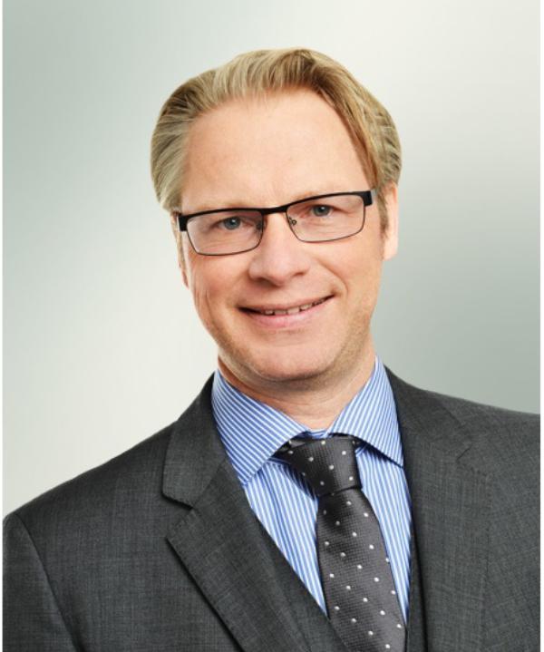 Rechtsanwalt und Mediator<br/> Cnud Hanken