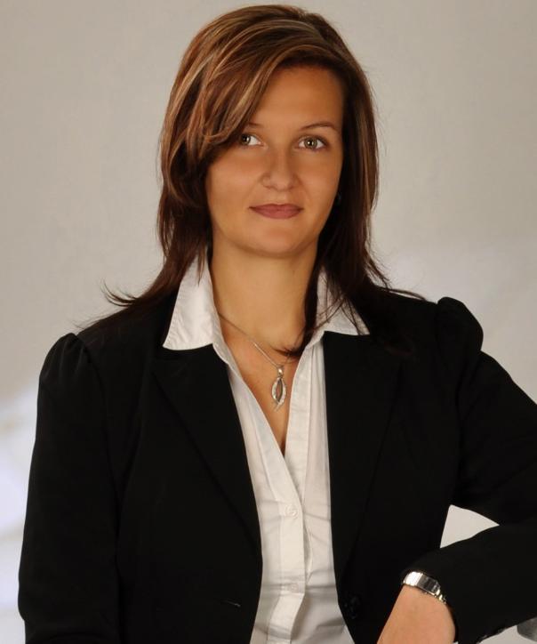 Rechtsanwältin<br/> Janine Illas