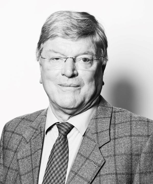 Rechtsanwalt und Notar<br/> Hubert Diers