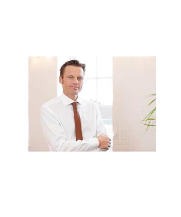 Rechtsanwalt und Notar<br/> Oliver  Löhnert