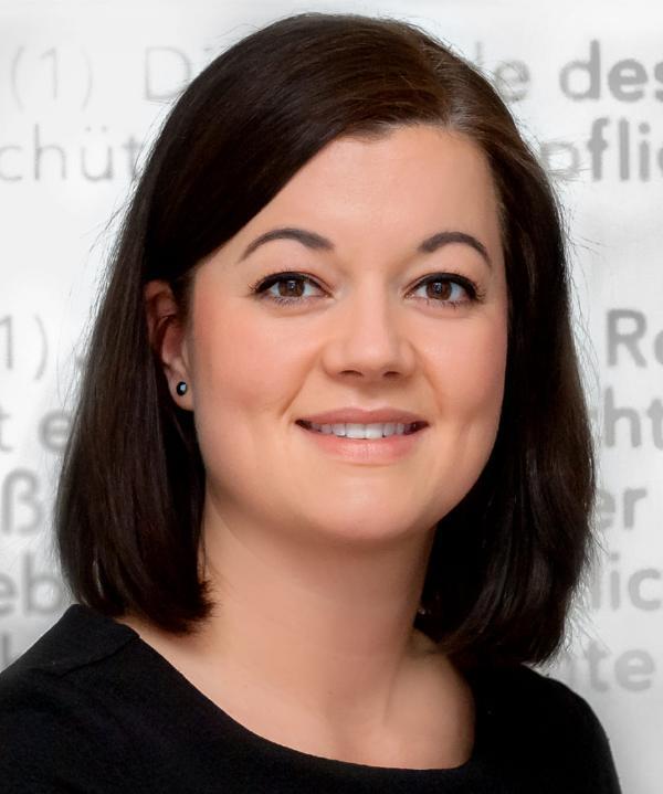 Rechtsanwältin<br/> Barbara Frisch