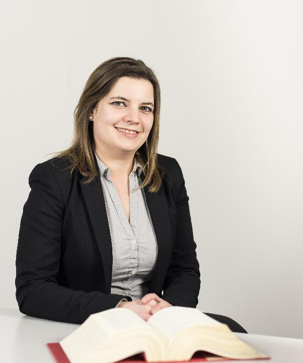 Rechtsanwältin<br/> Lena Schäfer