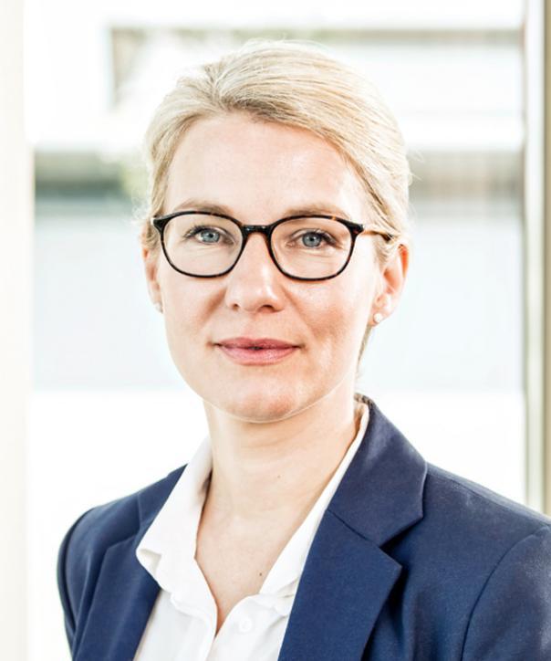 Rechtsanwältin<br/> Dr. Britta Bradshaw