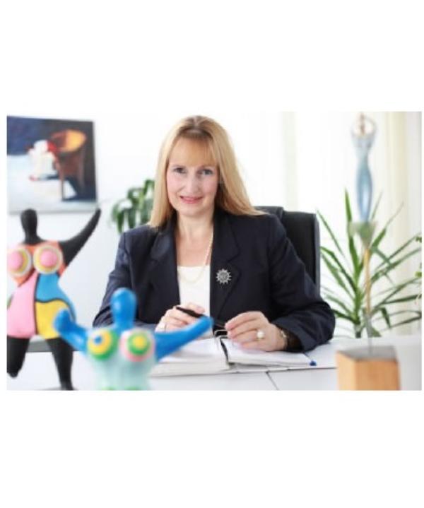 Rechtsanwältin und Notarin<br/> Meike Wochnik