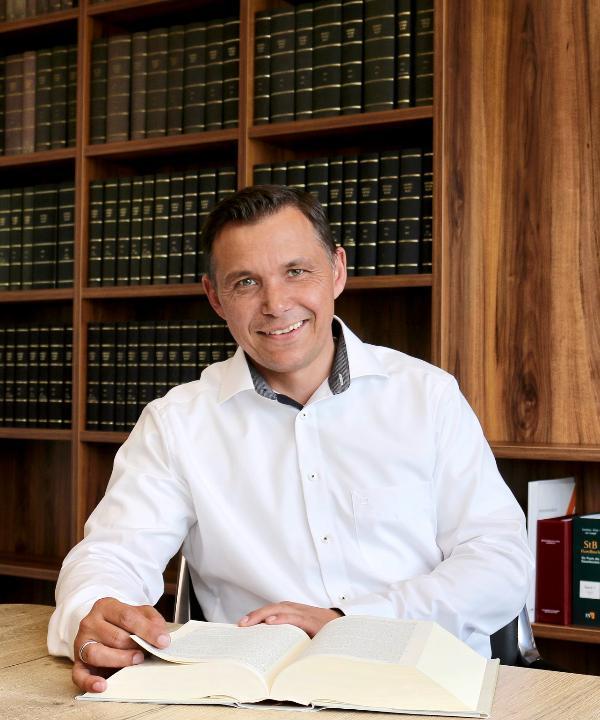 Rechtsanwalt<br/> Steffen Smy