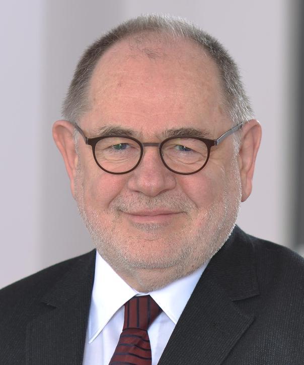 Rechtsanwalt<br/> Wolfgang Zwiehoff