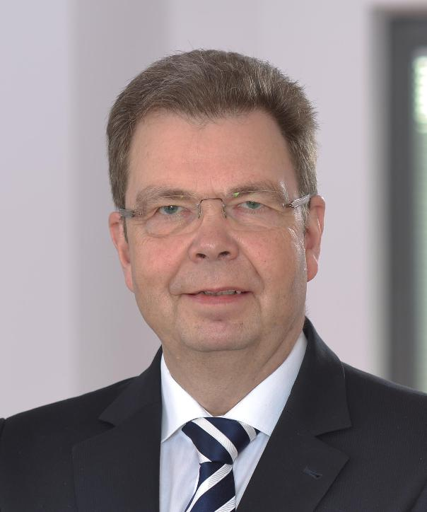 Rechtsanwalt und Notar<br/> LL.M. Jörg Elsner