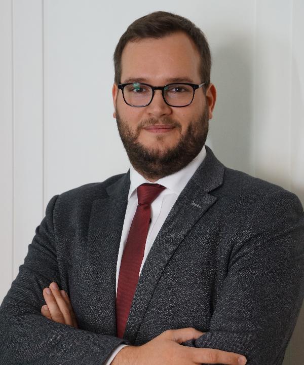 Rechtsanwalt<br/> Florian Adams