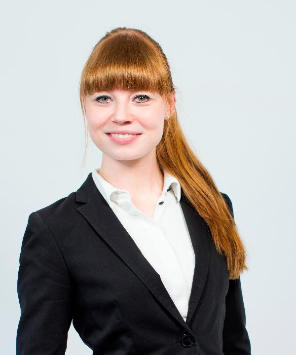 Rechtsanwältin<br/> Carina Krautstrunk